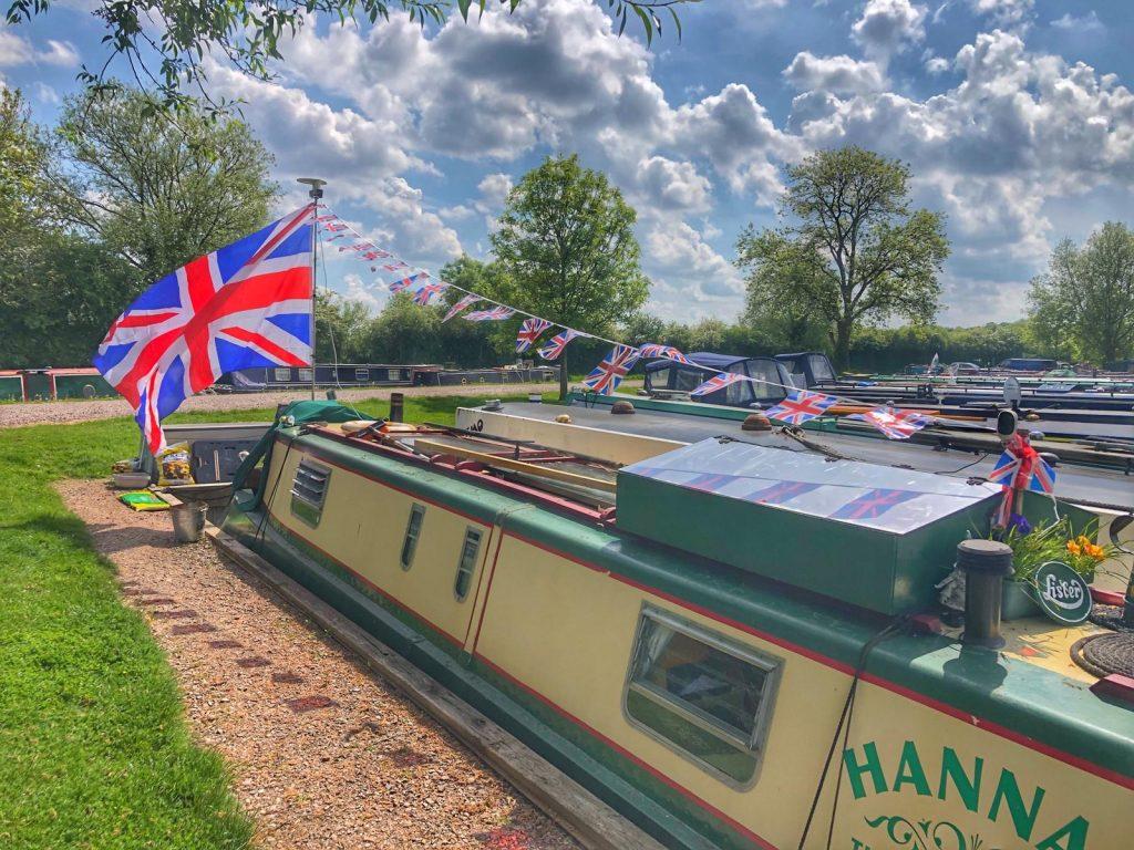 Celebrating VE Day 75 aboard a narrow boat