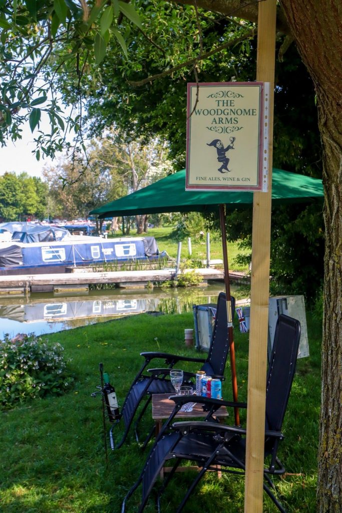 photo of pub sign at our make-shift beer garden at the marina during lockdown
